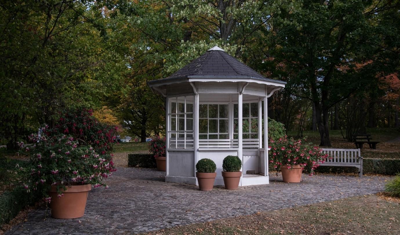 Verrijk Uw Woning En Voeg Waarde Toe Door Middel Van Een Tuinhuis
